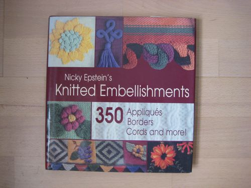 Nicky Epsteins knitted embellishments  125 kr