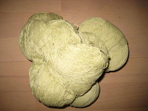 D uld silke lysgrøn 330  g   100 kr